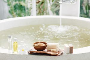 Spa,Decoration,,Natural,Organic,Products,On,A,Bathtube.,Loofah,,Towel